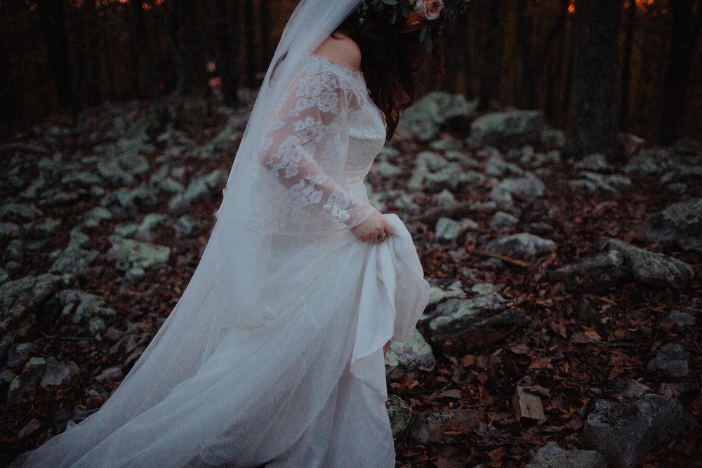 MelodyandLuke_bridegroomportraits-91.jpg