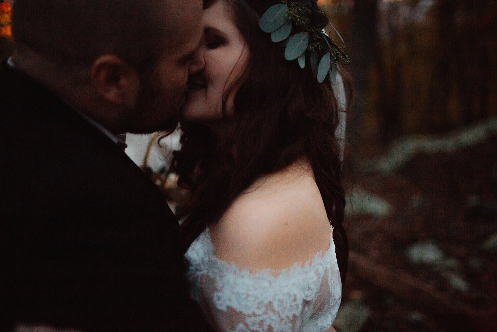 MelodyandLuke_bridegroomportraits-127.jpg