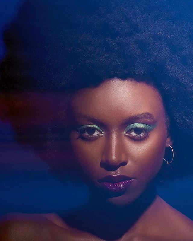 ✊🏾 Model- @jpapillon15 📸- @8x10photo  MUA- @shalisaelizabeth_  Hair- @a.lynnhair  #beauty #alynnbeauty #alynnhair #alynnhaircare #naturalhaircare #naturalhair #afro #devacurlpro #kenra #unite #protectivestyles #kinkyhair #curlyhair #naturalhairextensions #hairextensions #thekinkycollection #behindthechair #visitmilwaukee #milwaukeehair #naturalhaircarespecialist #hairdoctor #hairbrained
