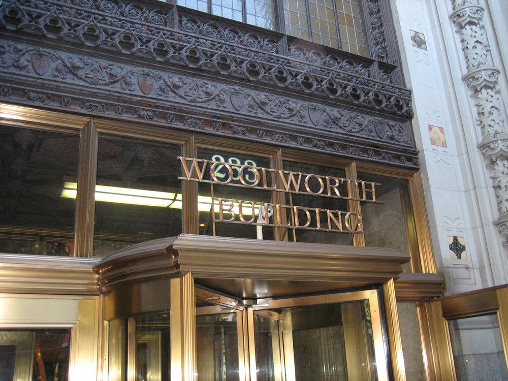 WOOLWORTH BUIILDING