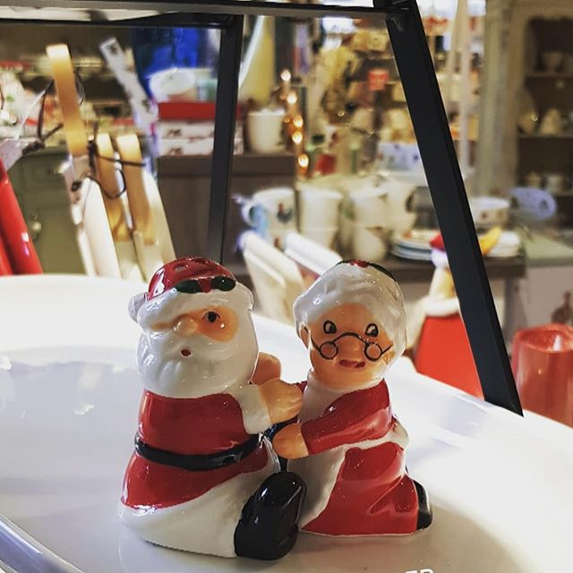 I can't deal with how cute this little salt and pepper set is.  Our Home & Gift have everything you need this Christmas from gifts, tableware to the essentials for baking.  Pop in today, open to 5pm.
