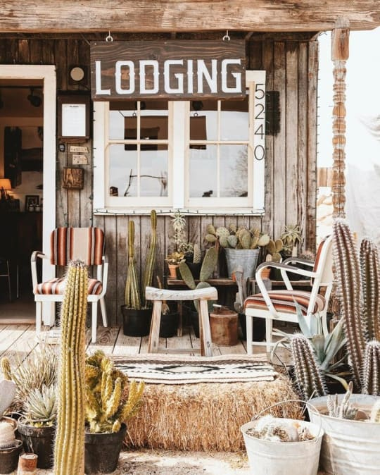 lodging-with-cactus-accents.jpg