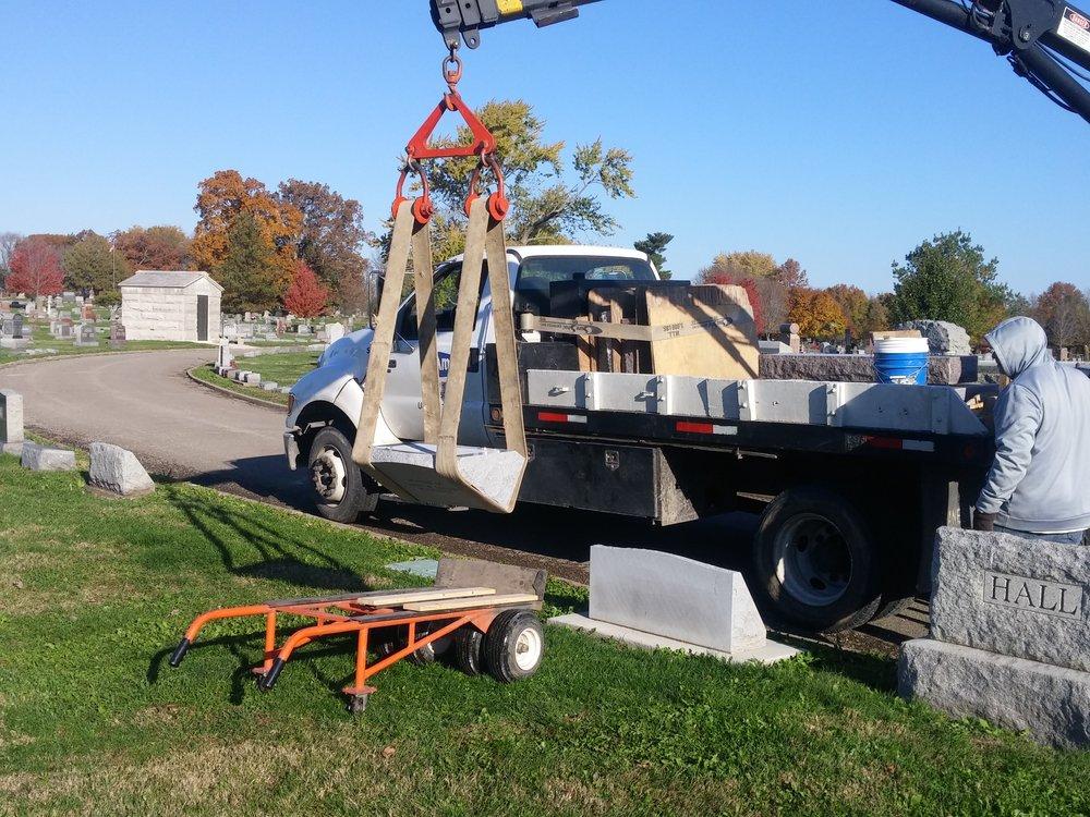Unloading a slant marker onto cart