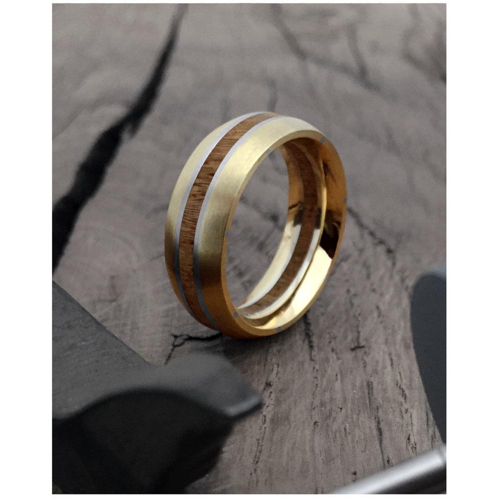 gold-plat-wedding-ring.jpg