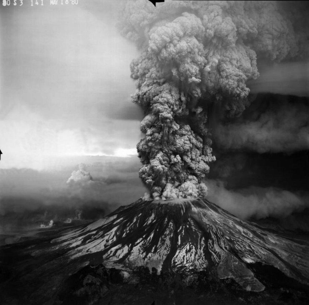 volcanomtsthelens.jpg