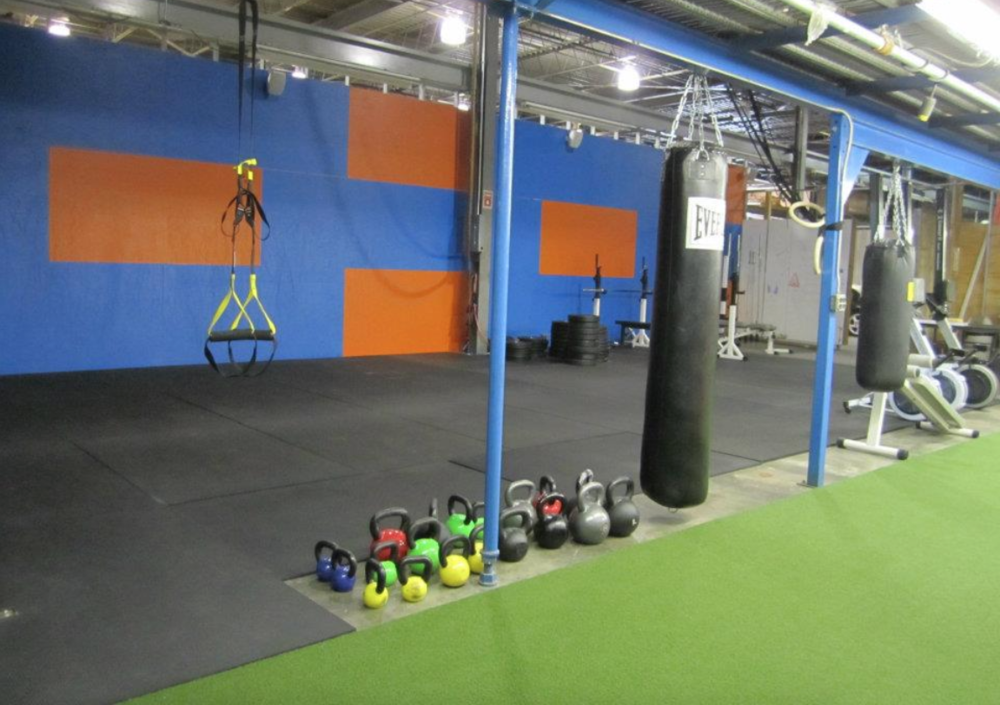 Garage gym u cross services group