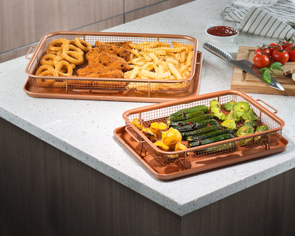 Crisper Trays both sizes with food.jpg