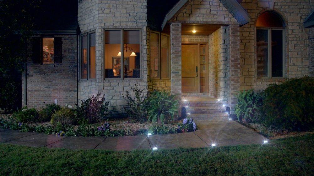 Lighted entryway P1.jpeg