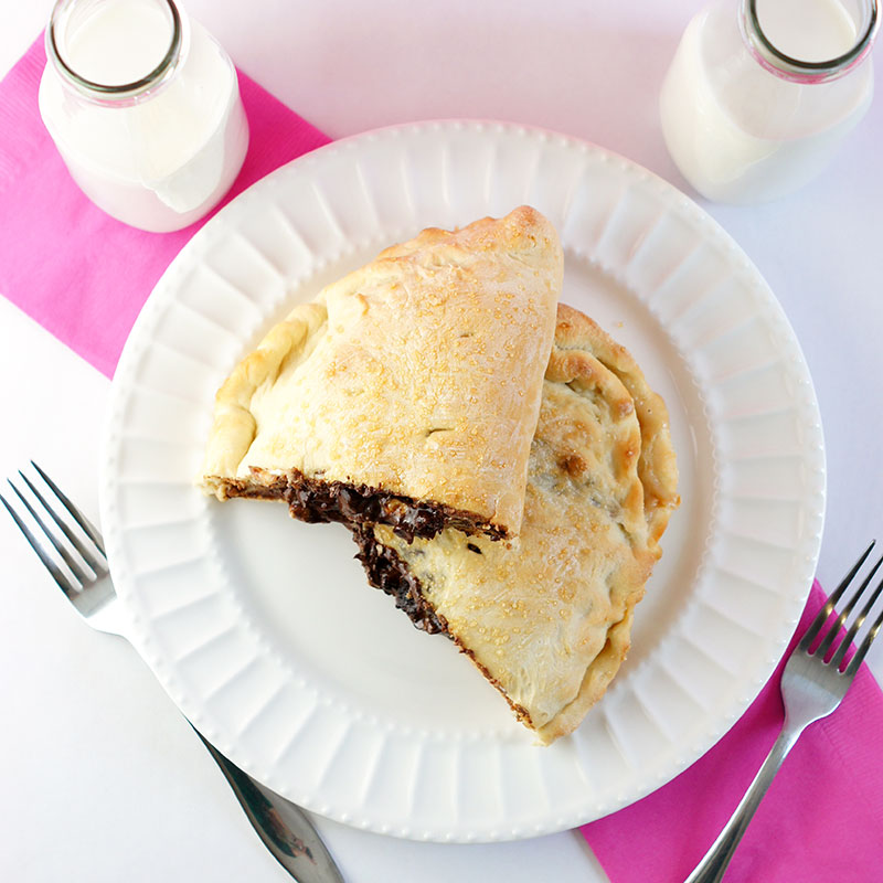 chocolate-chip-calzone3.jpg