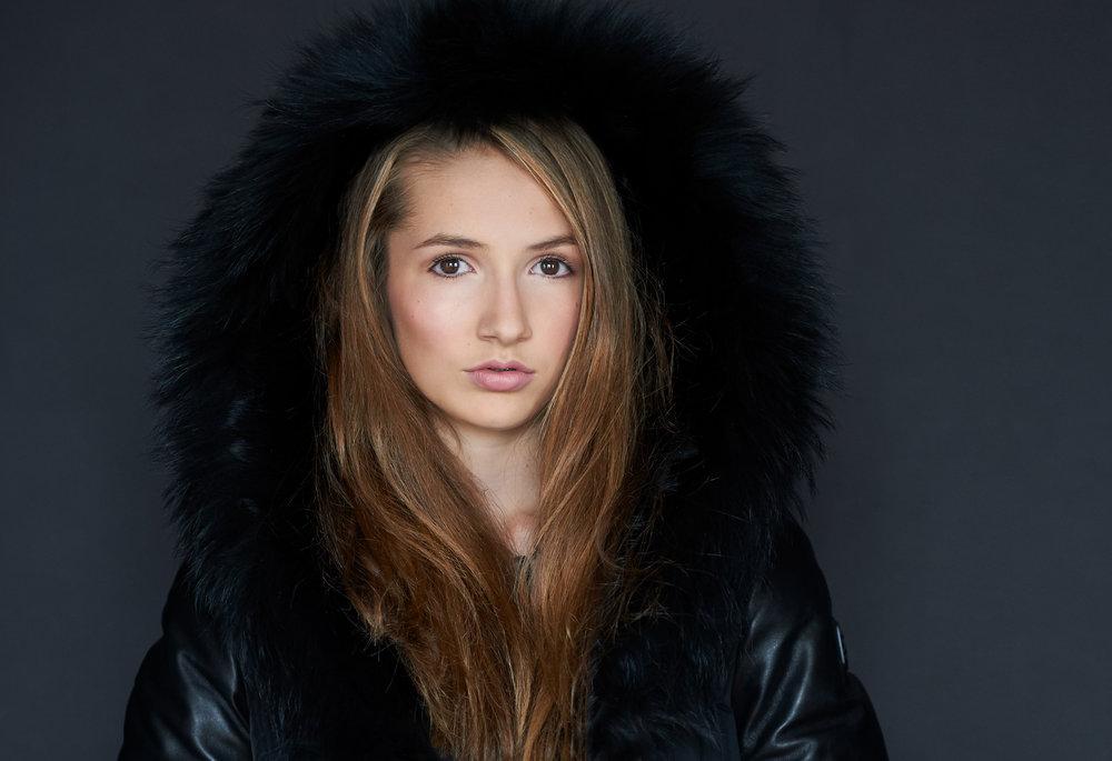 Marta-Hewson-Portia-model-portfolio-7229.jpg