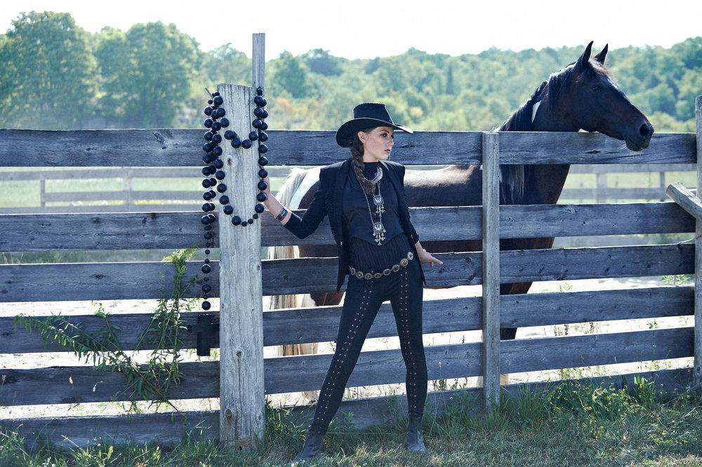 Marta-Hewson-Amanda-Mulé-Horse-Fashion-Photoshoot-7032.jpg