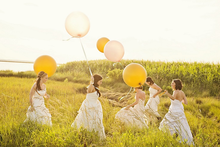 balloons in field