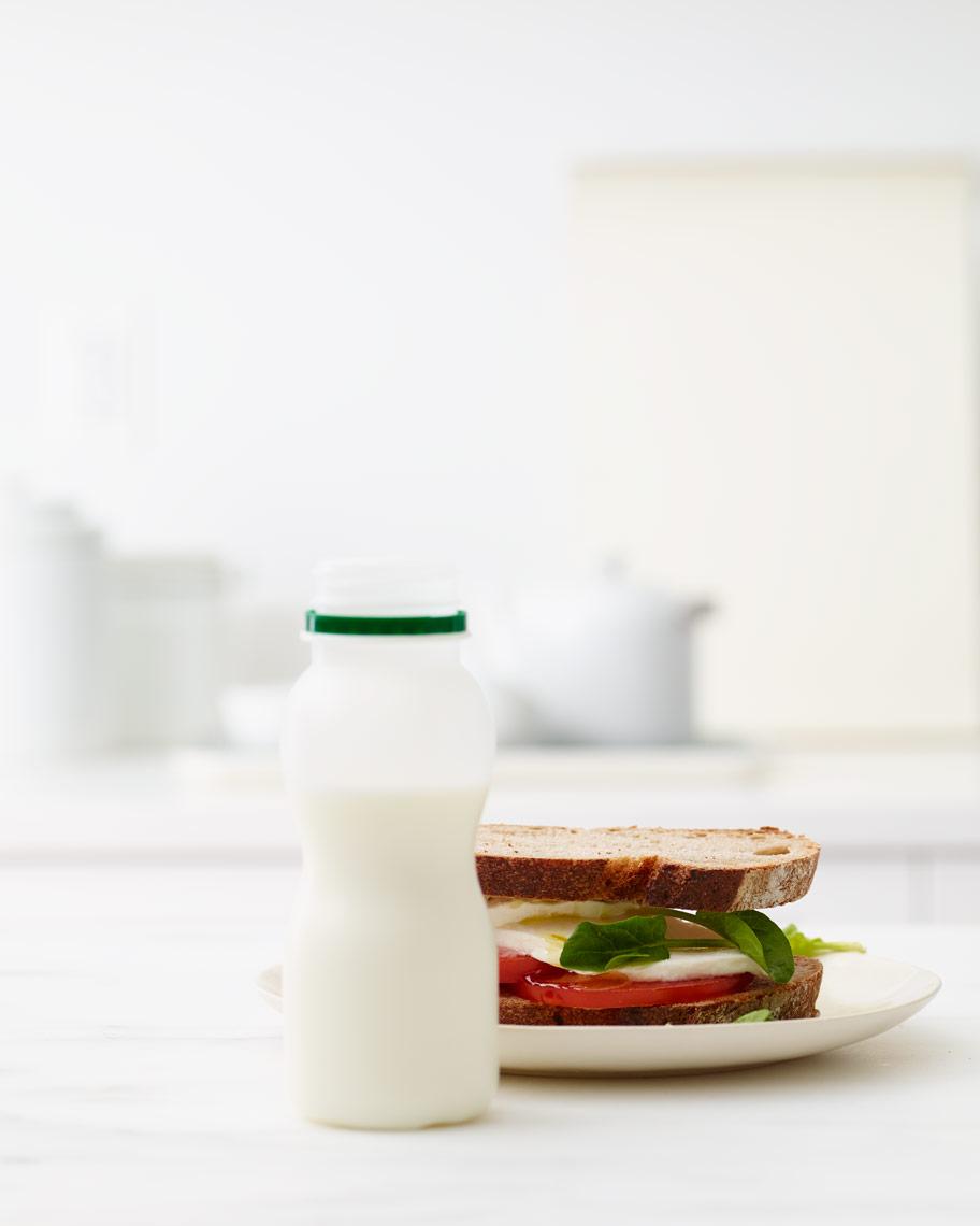 010_Kitchen_10_Small_Bottle_Sandwich_087_Sandwich_Plate.jpg