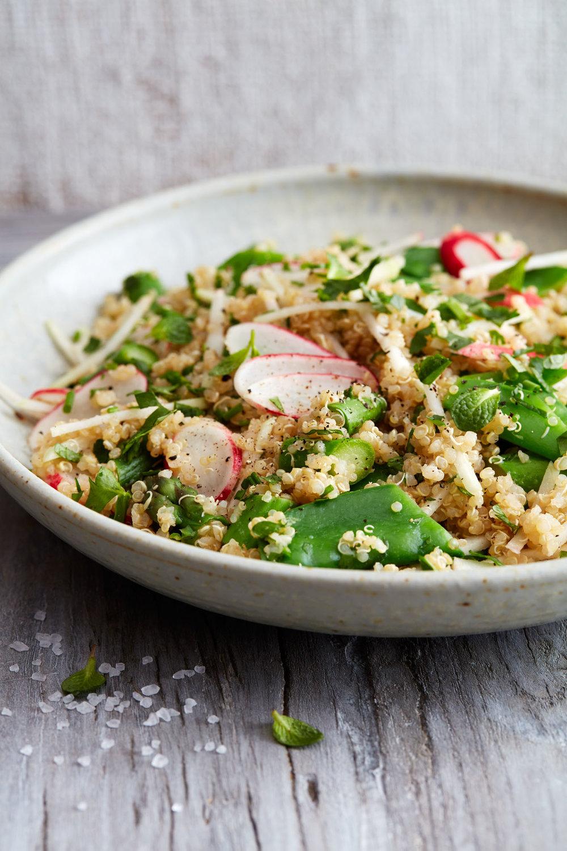 20160223_HC_HealthiestDiet_Crunchy-Quinoa-Salad019.jpg