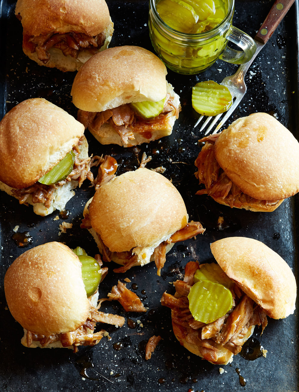 New_Year_Crockpot_Pork_BBQ_Sliders001.jpg