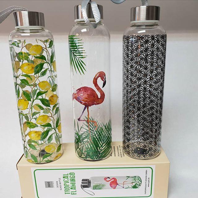 Design glass bottle från PPD. Rymmer 550ml. Välkommen till Nobelt Interiör i Karlskoga