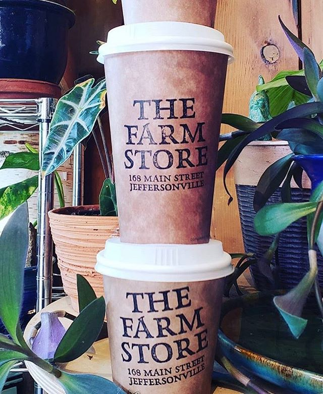 @thefarmstorevermont was long overdue for some new coffee cups so we revamped with compostable kraft cups, white dome lids, and a stamp to brand them with. Don't they look perdy?!