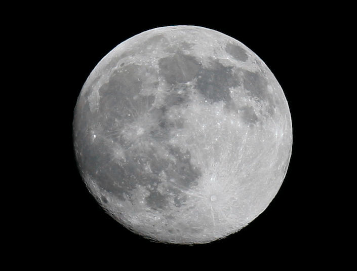 full-moon-ap.32.23 PM.png