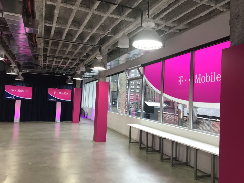 T-Mobile - TVs LED Uplights.JPG