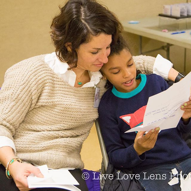 Building a community, one girl and parent at a time...❤️ Photo credit 📸 to the fabulous @livelovelens #standupgirls #maplewoodnj #southorangenj #communityaction #girlsempowerment #girlswholead #livelovemaplewood