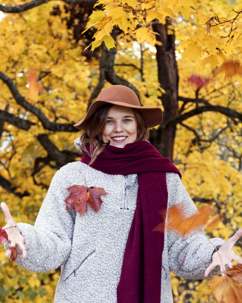 I took wonderful autumn pictures with Viena <3