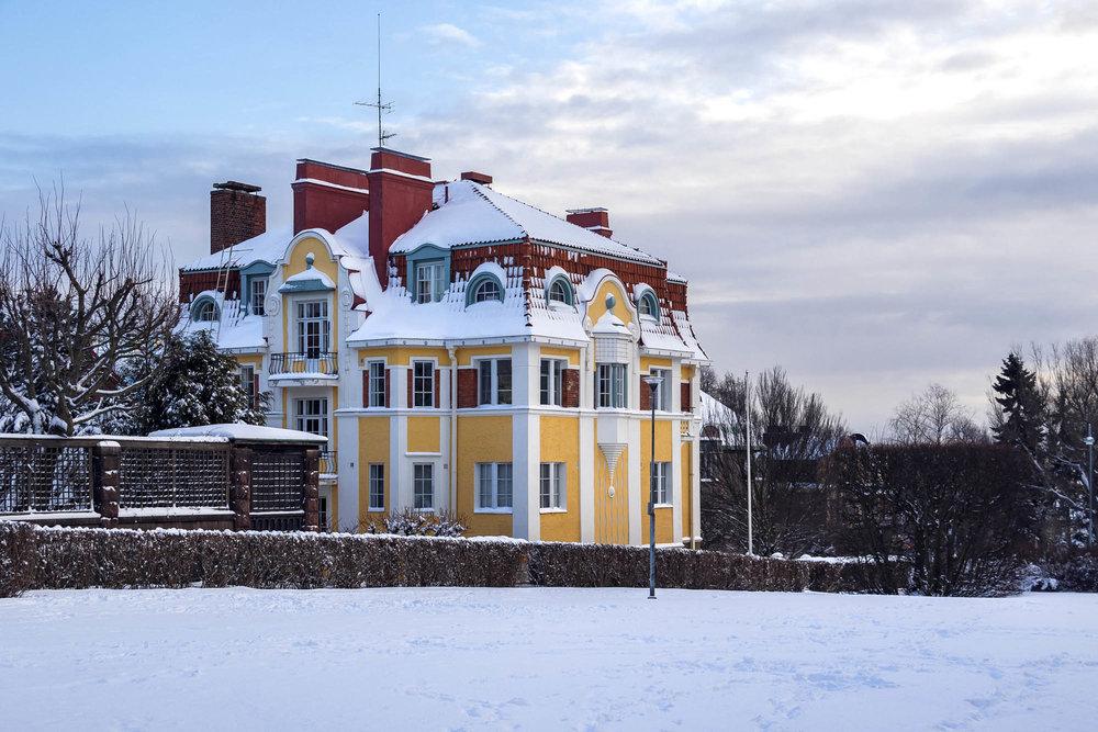 Maybe my favorite villa on Eira District <3