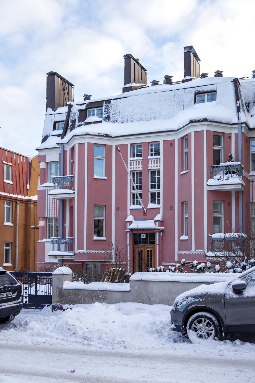 Lovely red villa on Eira District