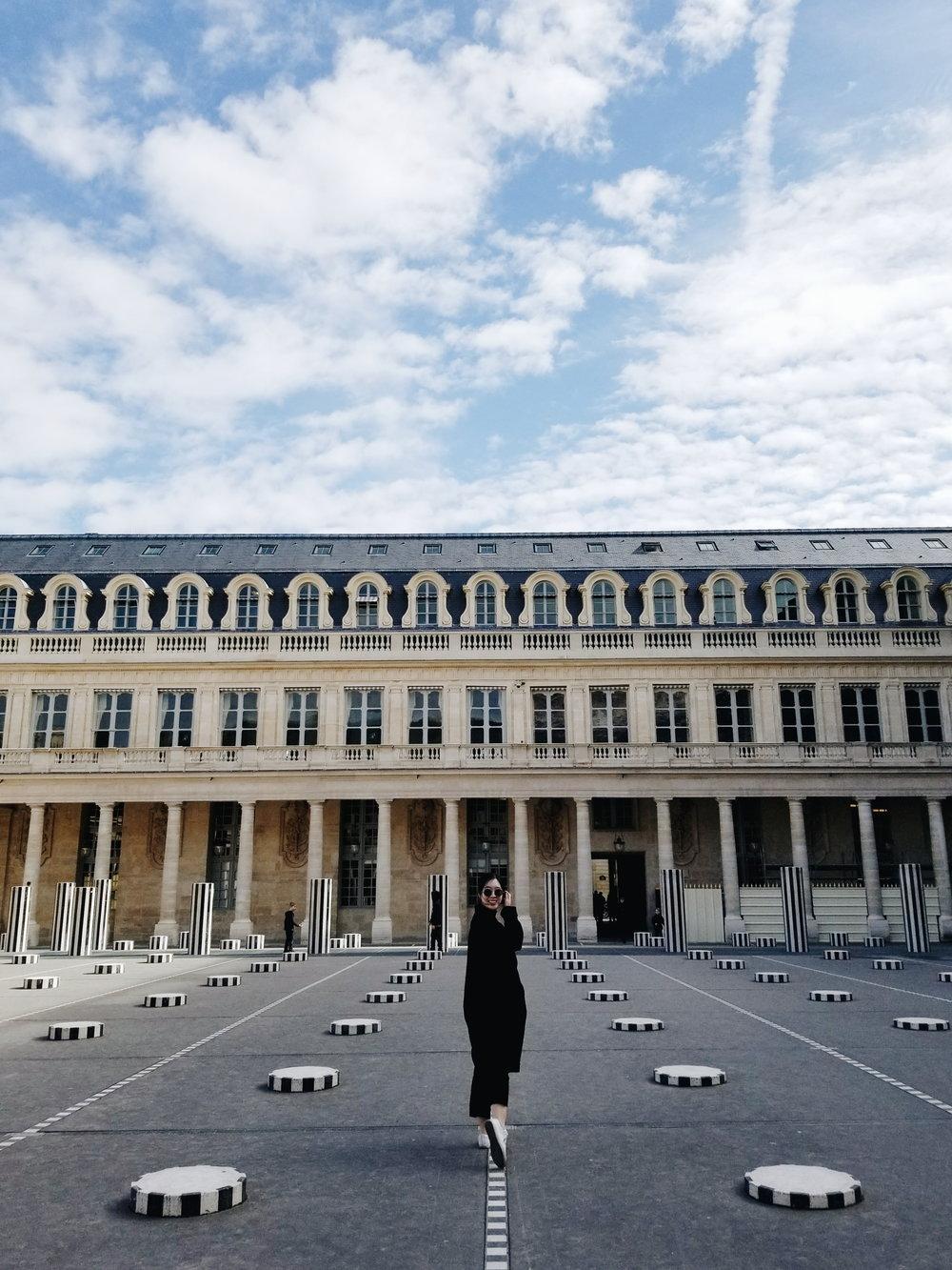 postcards-from-paris-palais-de-royal-01.jpg