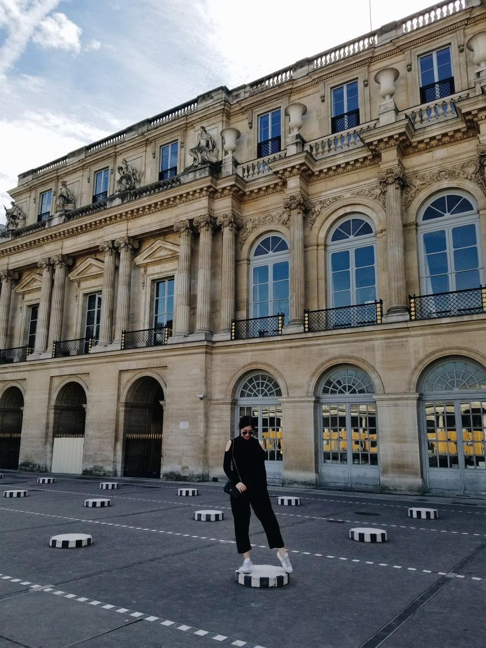 postcards-from-paris-palais-de-royal-03.jpg