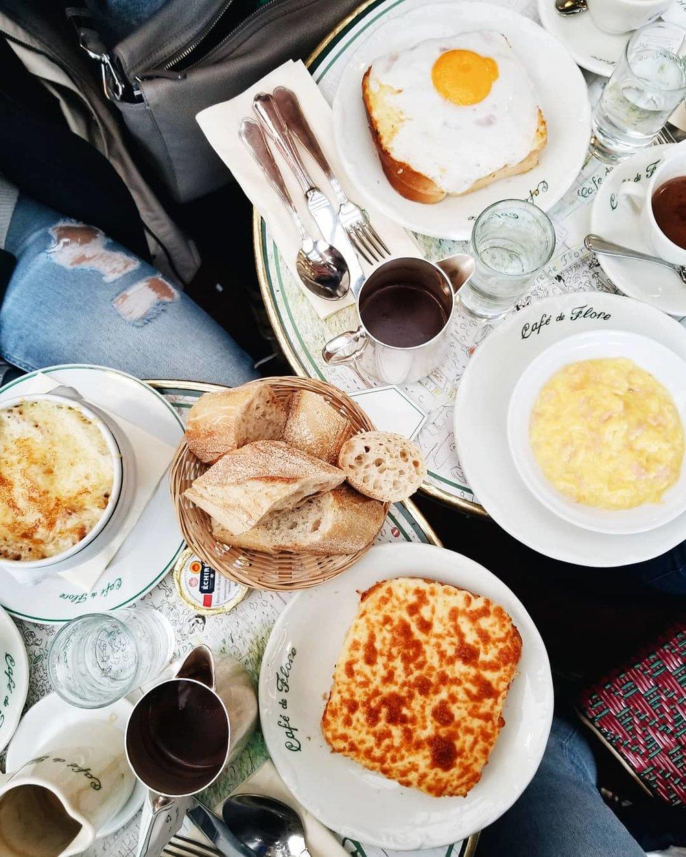 postcards-from-paris-cafe-de-flore.jpg