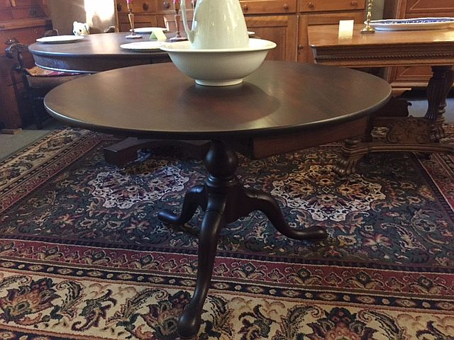 Period Queen Anne, Mahogany, Tilt-top Table $1050