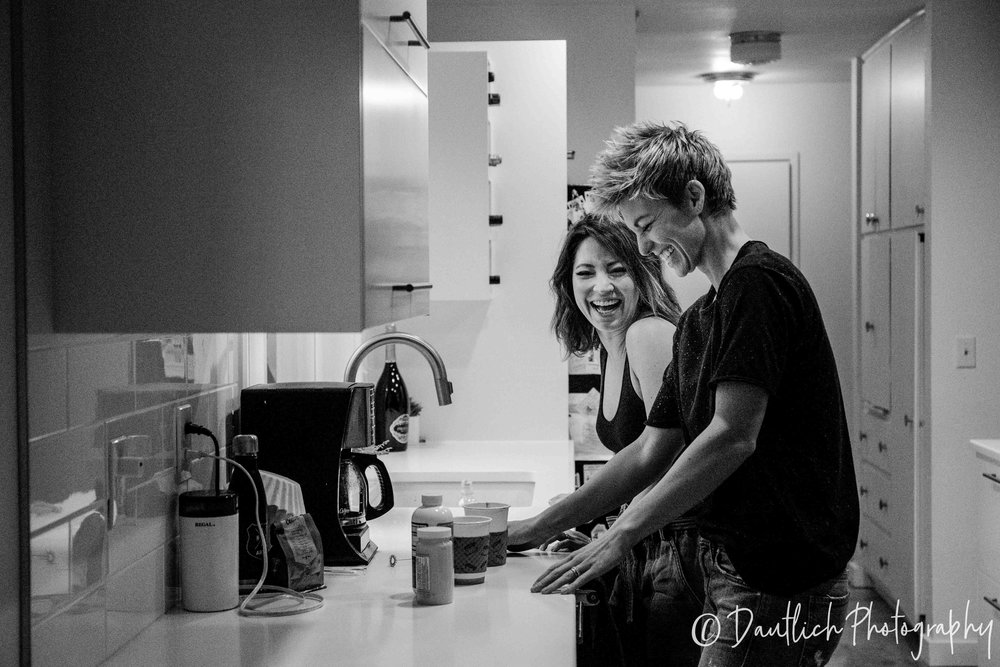 Dautlich_photography_family_lianne_steph_kitchen.jpg