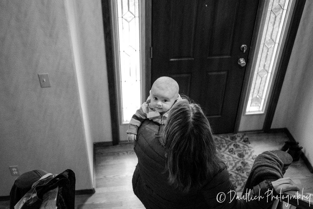 Dautlich_photography_babies_sylvia_stairs.jpg