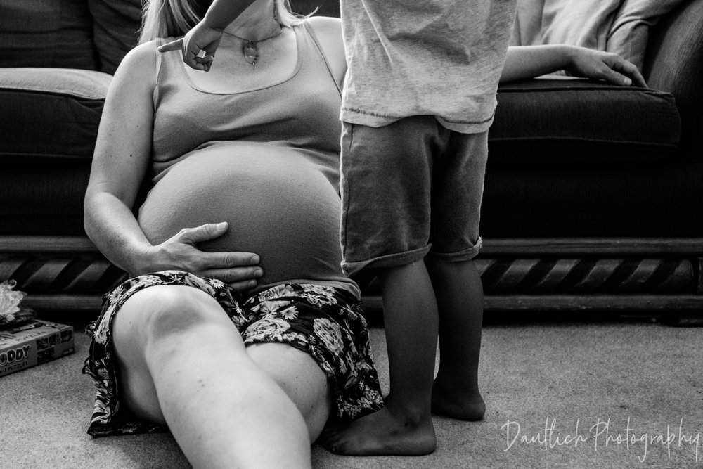 Natural maternity photography session in Brighton