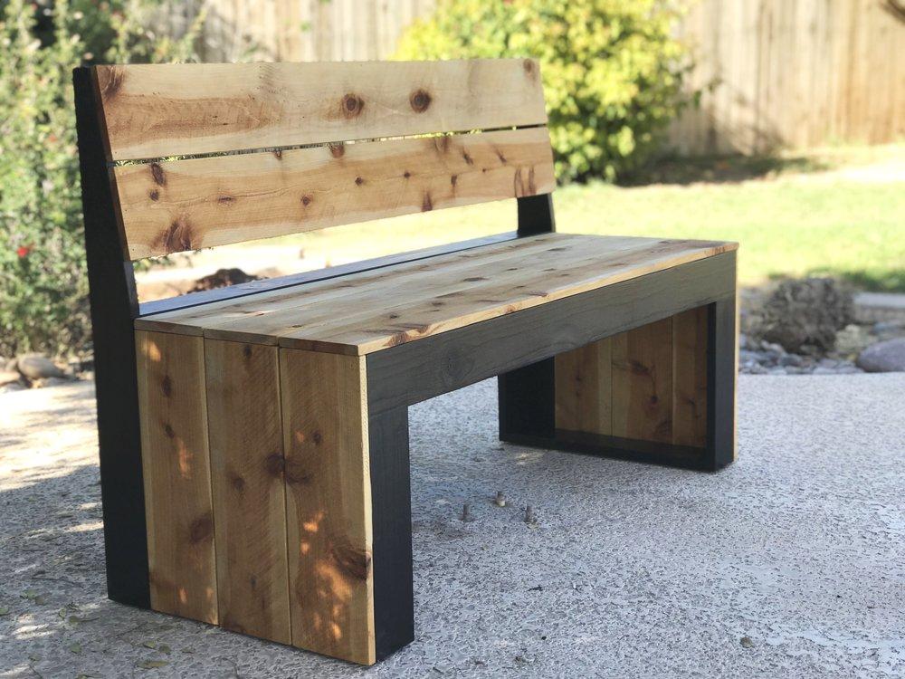 DIY+Bench+with+Back_9795+2.jpg