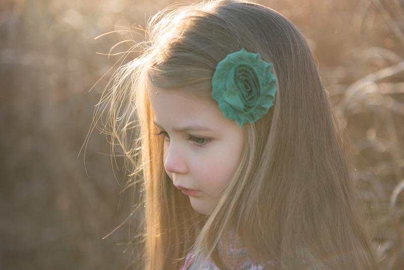 daisy side view green flower.jpg