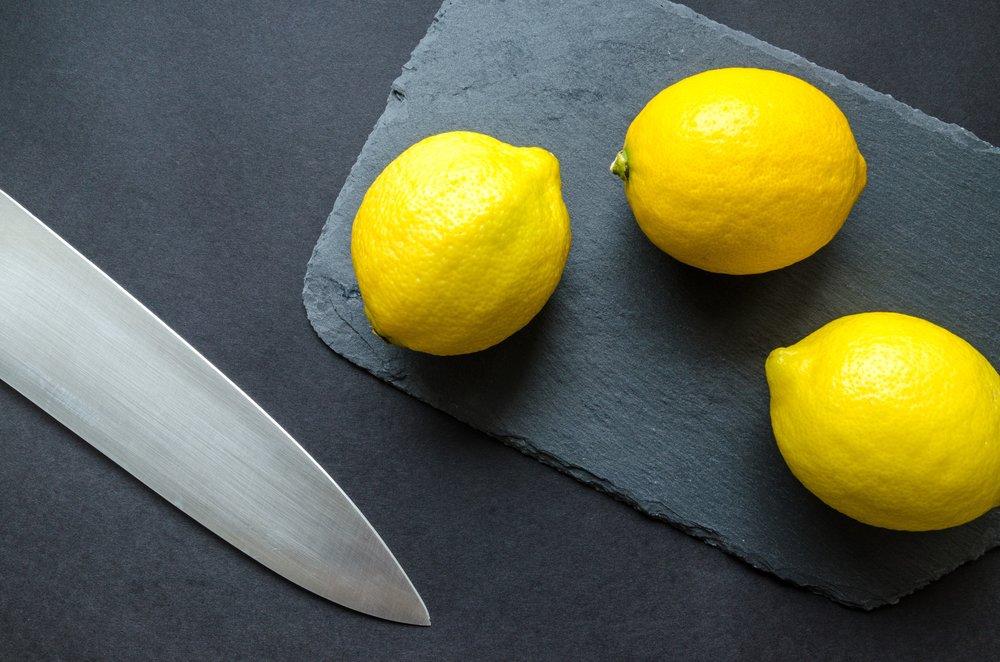 blade-chopping-board-citrus-952369.jpg
