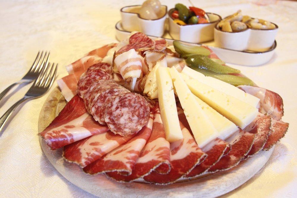 salumi-italiani-e1462259683166.jpg