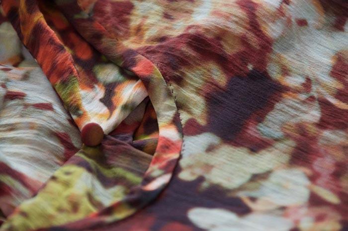 bibbity_bobbity_buttons_a_self_covered_button_papercut_patterns_kobe_dress_5.jpg