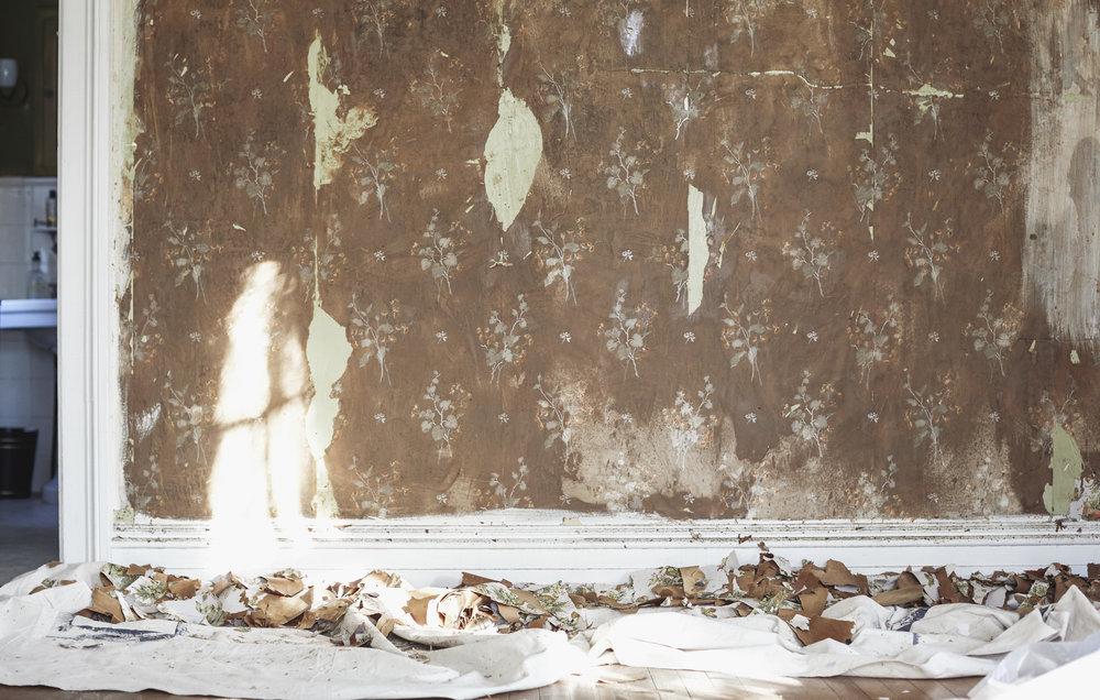 04_HOB_PotteryBarn_YD_Wallpaper_removal.jpg