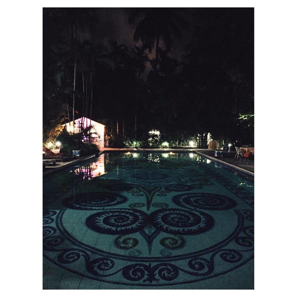 The prettiest pool #graycliff #graycliffhotelrestaurant #bahamas #nassau #nassaubahmas  #neveraboringmoment #pleasure #happy #travelgram #vacation #tropical #tropicalisland #tropcialparadise #island #islandlife #passionpassport #travelbug #travel #theurbanexpat #instabahamas #instatravel #insta #instabest #instagood #vsco #vscocam #vscobest #vscotravel #vscoBahamas #mytinyatlas #TellOn #liveby (at Graycliff Restaurant)