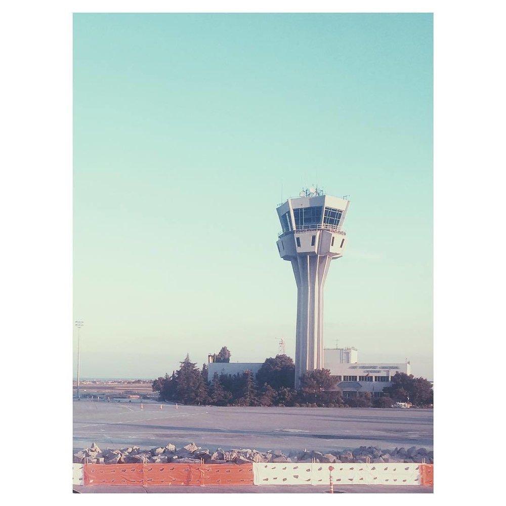 And I'm back #istanbul #turkey #expatlife #theurbanexpat #TellOn #mytinyatlas #vsco #vscocam #vscobest #vscoistanbul #vscoairport #airports #travel #travelbug #travellife #insta #instabest #instagood #instaistanbul #instatravel #vscotravel #instaairport #passionpassport #summeroftravel  (at İstanbul Sabiha Gökçen International Airport)