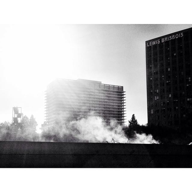 Remnants of a fire #downtownlafire #onmywaytotheairport #losangeles #blackwhite