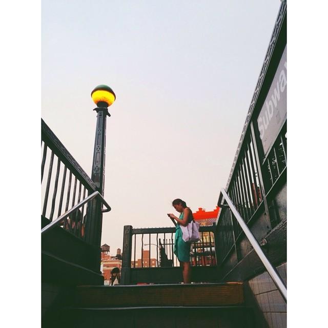 Staying connected #nyc #citylife #technologyinthecity #subway