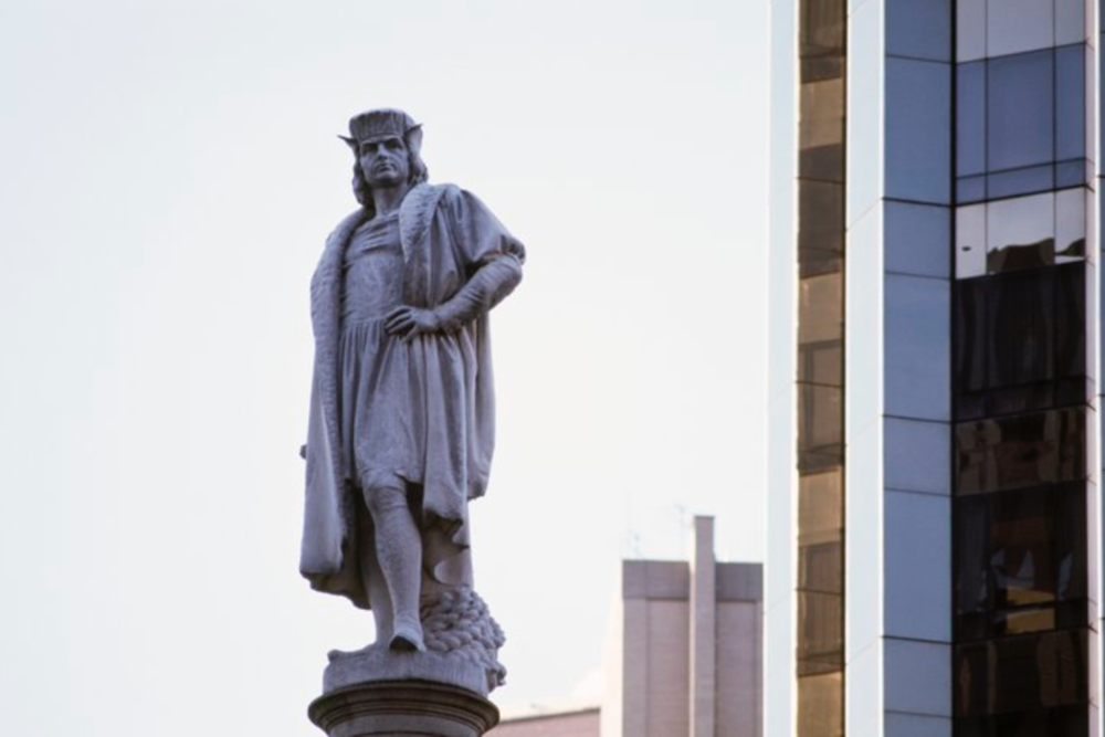 A monument to Christopher Columbus in Manhattan (Photo by Archive J. Lange).