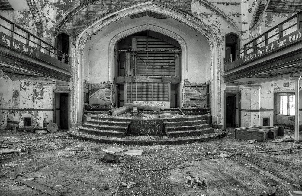 east-grand-methodist-church.jpg