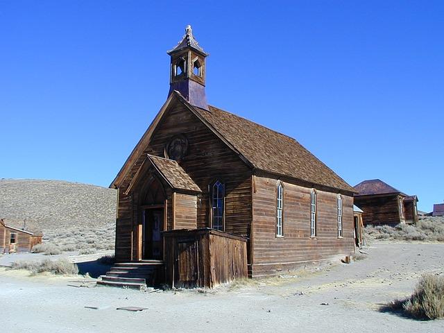 church-277018_640.jpg