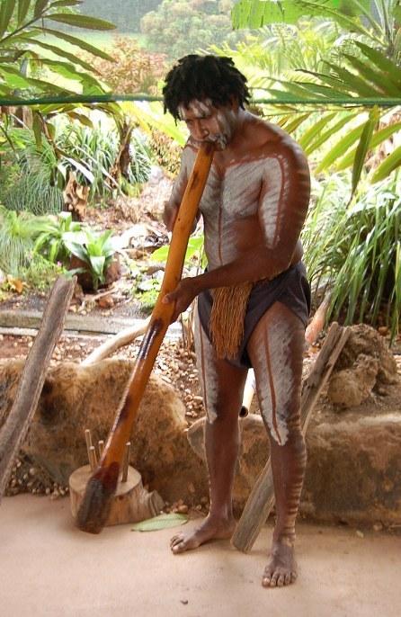 aboriginal-didgeridoo.jpg