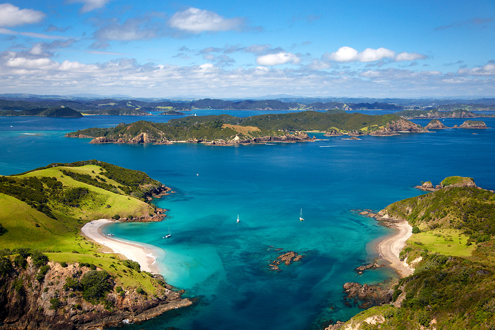 about-bay-of-islands-aerial2.jpg