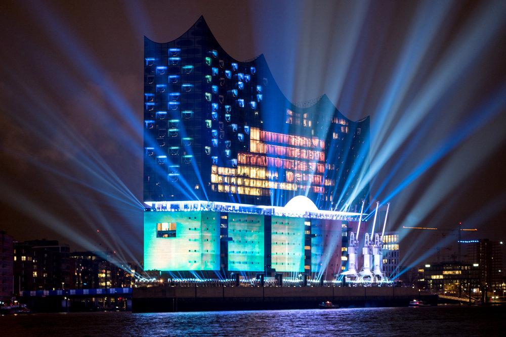 Elbphilharmonie_Illumination_svensson_31423763713.jpg
